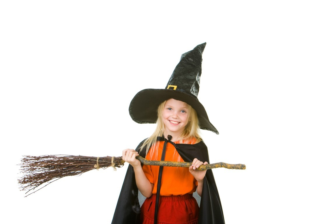 Метла для костюма ведьмы своими руками