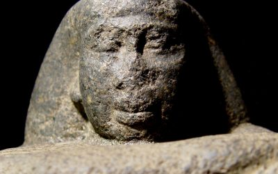 Statue of Peftjawyneith